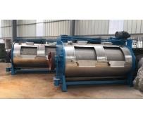 2台200公斤工业洗衣机发货